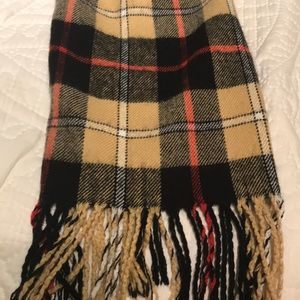 Accessories - Classic Camel Check Scarf